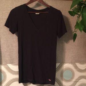 PINK Brand V-Neck Black T-shirt 🖤💕